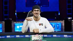 谁能超越Phil Hellmuth成为最多WSOP金手链拥有者?