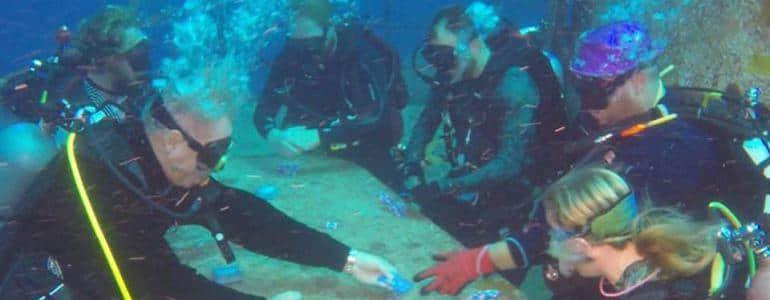 【蜗牛扑克】第二届水下扑克锦标赛将于今年夏举办