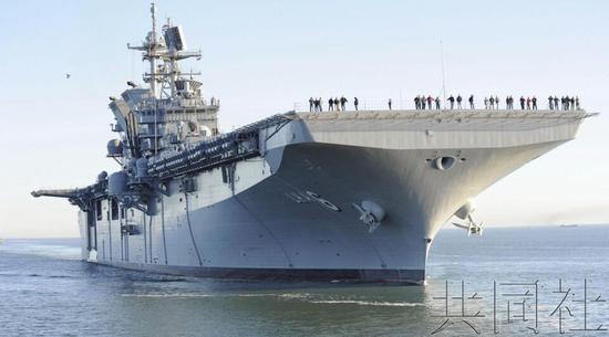 """【蜗牛棋牌】美将在日本佐世保基地部署""""美国""""号两栖攻击舰"""