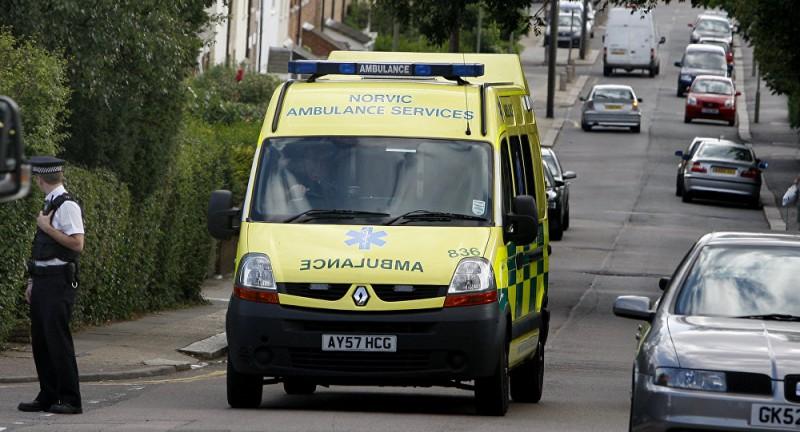 【蜗牛棋牌】英国北部一架超轻型飞机坠毁 致1人死亡