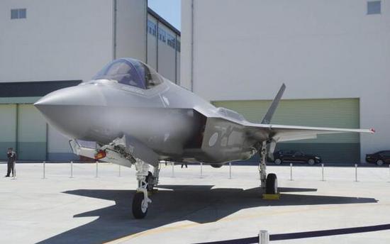 【蜗牛棋牌】疑似失联F-35A残骸被找到 日政府:坠毁可能性极大