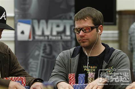 【蜗牛棋牌】Jonathan Little谈扑克:放弃一点儿价值