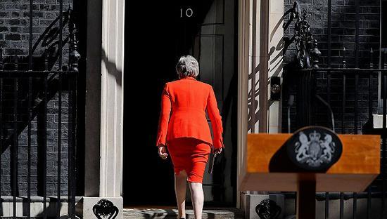 【蜗牛棋牌】首相竞选起跑 谁会接替特蕾莎-梅带领英国脱欧?