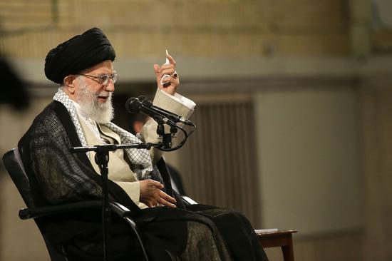 【蜗牛棋牌】伊朗最高领袖重申不与美谈判:抵抗才是有效对策