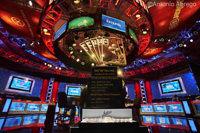 【蜗牛棋牌】,000扑克玩家锦标赛Day4:6人决胜桌产生,Ivey出局