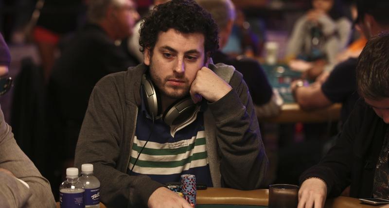 【蜗牛棋牌】前扑克玩家Alex Jacob称某益智问答App欠他,000