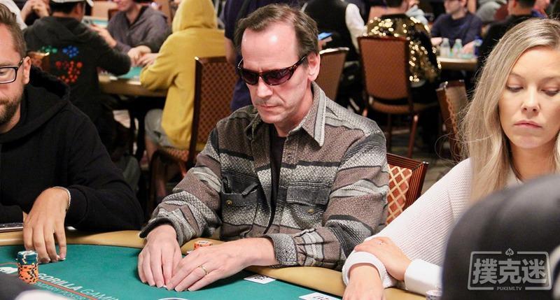 【蜗牛棋牌】两度WPT冠军Alan Goehring再回线下牌场,成功打入WSOP主赛第五轮