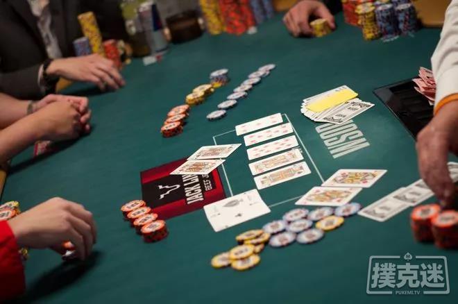 【蜗牛棋牌】分析德州扑克中的三人全压局面