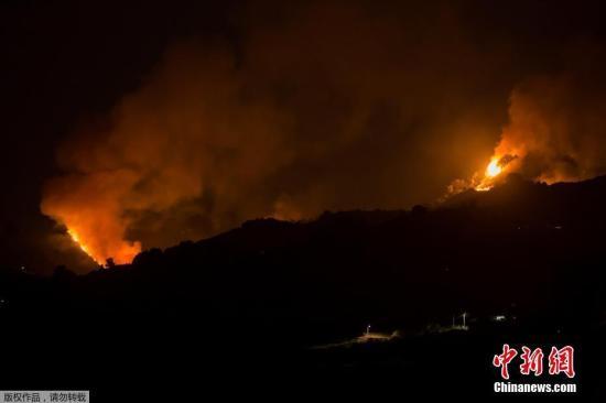 【蜗牛棋牌】西班牙大加那利岛野火肆虐 已导致近5000人被疏散
