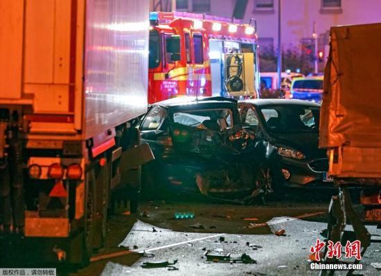 【蜗牛棋牌】叙籍男子在德开卡车撞车致8伤 当局尚未证实涉恐