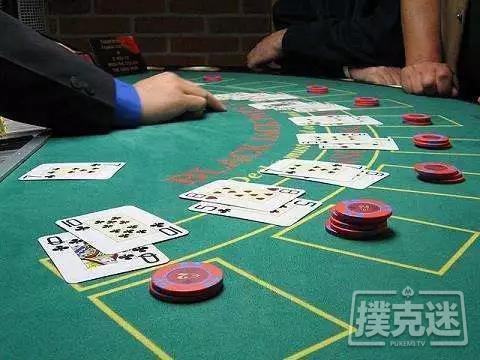 【蜗牛棋牌】扑克比赛不同阶段策略【松紧有度】