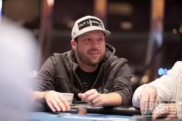 【蜗牛棋牌】抗癌勇士按意愿参加最后的扑克比赛