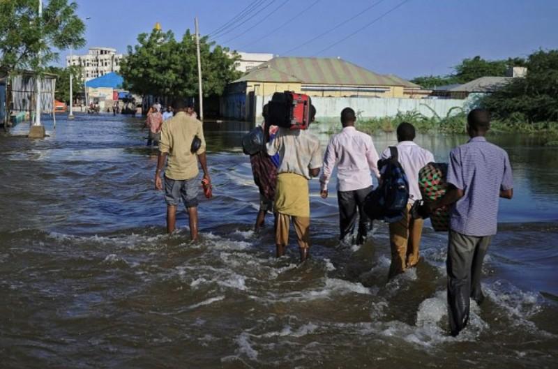 【蜗牛棋牌】索马里洪灾肆虐 已致25人死亡超27万人流离失所