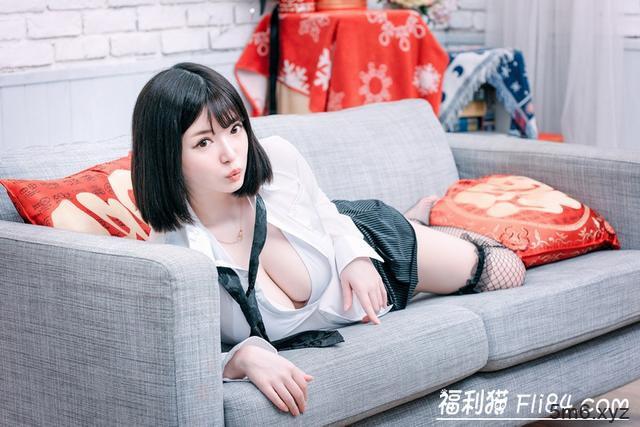 【蜗牛棋牌】桜羽のどか(樱羽和佳)摄影会回顾:好白好胸好可爱!