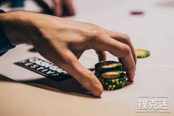【蜗牛棋牌】分析牌局哪些牌会跟注?