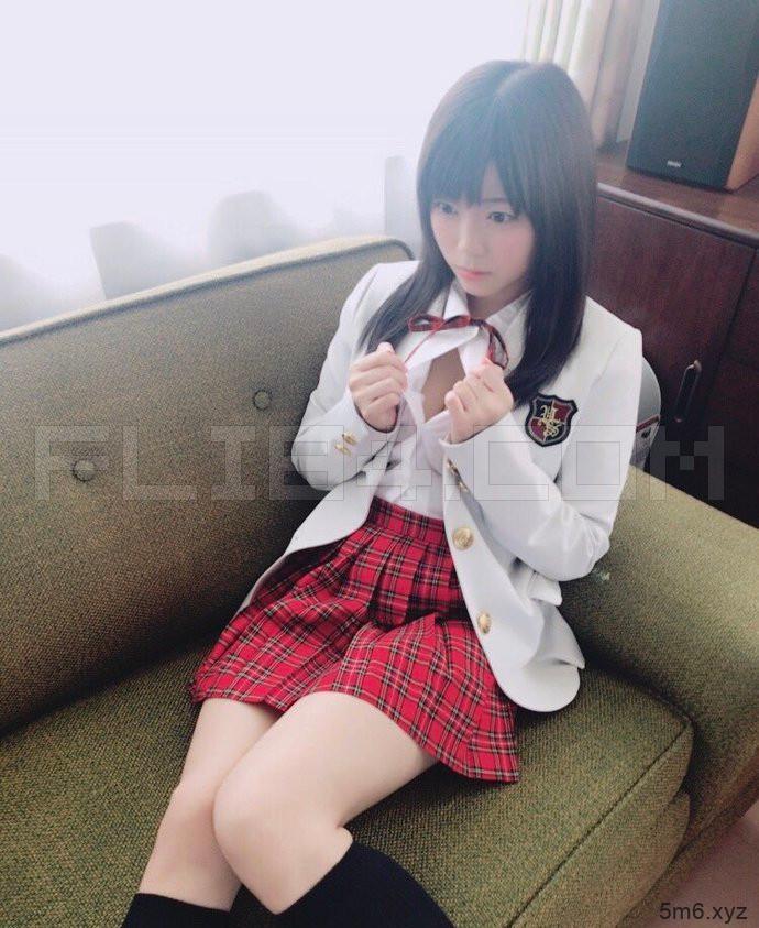 【蜗牛棋牌】谁的Body最赞?5千斩男优平田司选出《力士级女优TOP3》!