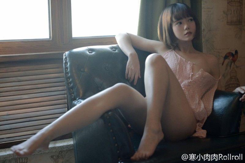 【蜗牛棋牌】邓超年轻好帅_邓超元家境
