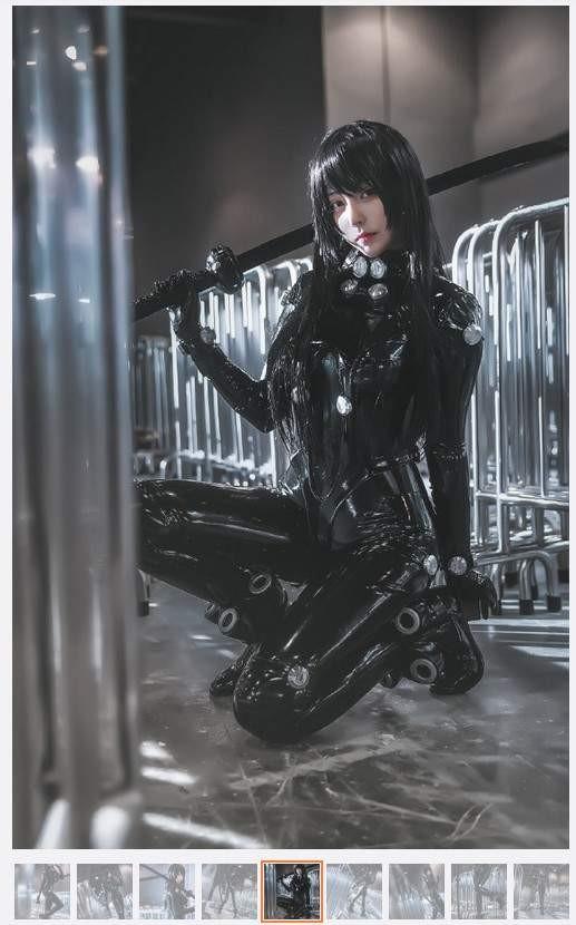 【蜗牛棋牌】性感COser菌烨TAKO 穿乳胶衣cosplay紧绷感令人窒息