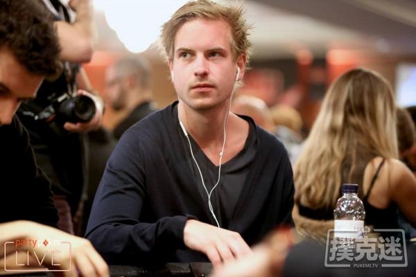"""【蜗牛棋牌】""""耸人听闻""""瑞典人Viktor Blom主导在线超级豪客碗"""
