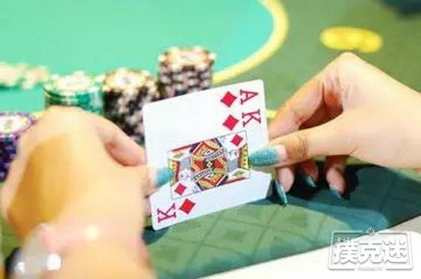 【蜗牛棋牌】在玩德州扑克牌过程中如何推测对方的手牌?
