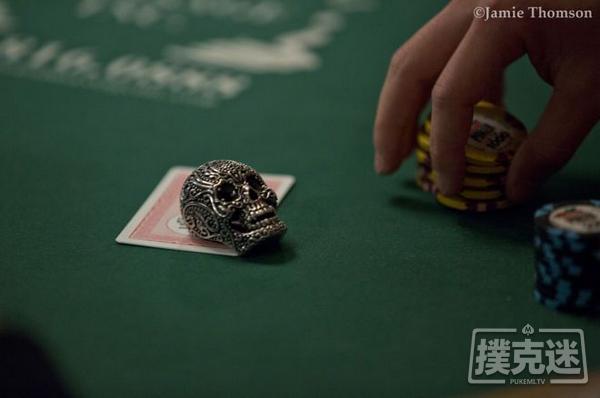 【蜗牛棋牌】德州扑克中四个你应该避免的翻前错误