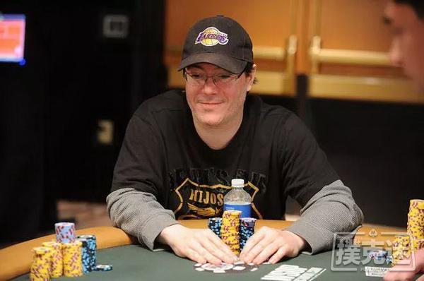 【蜗牛棋牌】新闻回顾-WSOP史上的这一天,Jamie Gold斩获主赛最高奖金1200万美元!