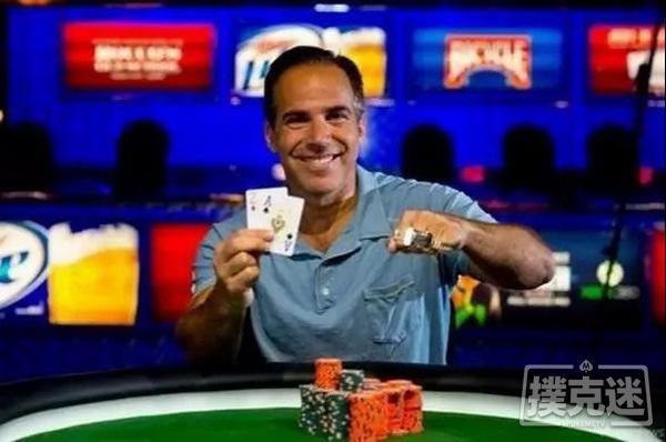 【蜗牛棋牌】致命暗三!德州扑克决赛桌小Set怼上大Set,这痛谁懂!