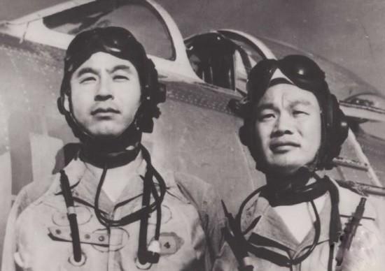 【蜗牛棋牌】65年歼6战机在海南击落美机 美飞行员被俘