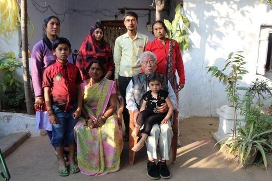 【蜗牛棋牌】中印战争老兵被困印度50年 娶妻生子儿孙满堂