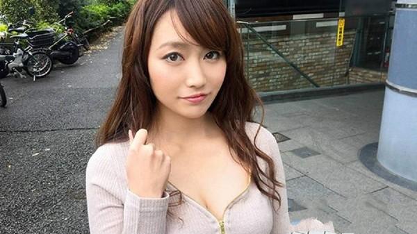 【蜗牛棋牌】SIRO-2912:欲求不满的新娘化妆师遭激烈爱抚后秒失禁