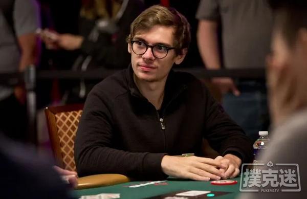 【蜗牛棋牌】Fedor Holz单挑赛夺冠,赢得第二条WSOP金手链