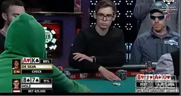 【蜗牛棋牌】胆儿够肥才敢使出的all in偷鸡   德州扑克牌局分析