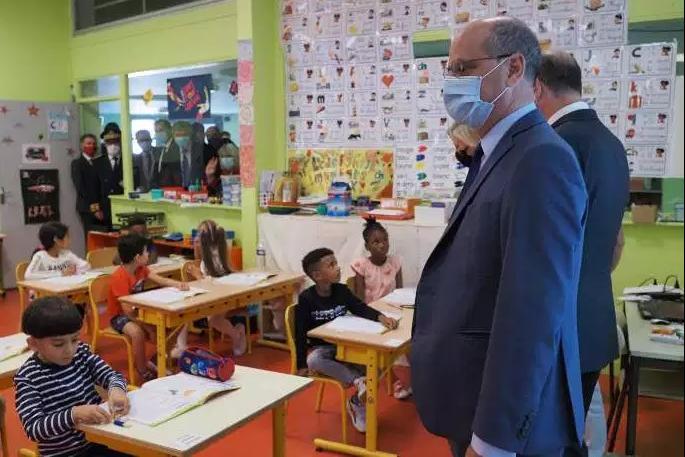 【蜗牛棋牌】法国22所学校因出现新冠肺炎确诊病例关闭