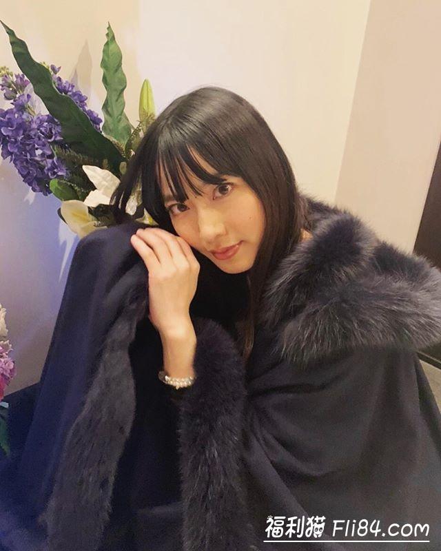 【蜗牛棋牌】MIDE-746:名作复活!由爱可奈翻白眼爽迎真性中出し!