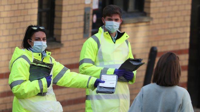 【蜗牛棋牌】英国已有23所高校出现疫情 超3000名学生被隔离