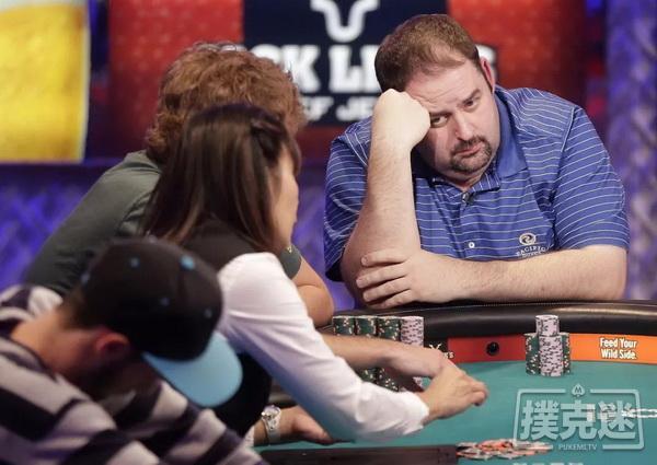 【蜗牛棋牌】德州扑克中运气差时,不控制住这五种行为会输更多