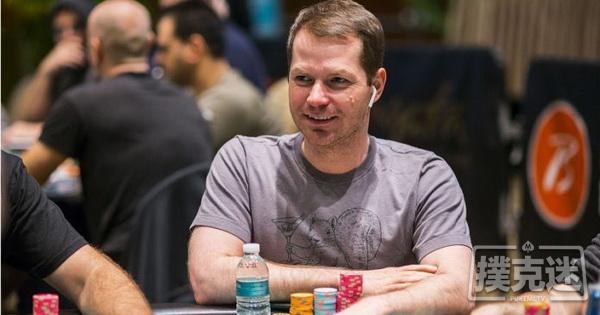 【蜗牛棋牌】Jonathan Little谈扑克:如何应对小筹码在泡沫圈的全压