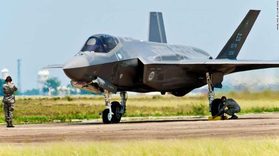 【蜗牛棋牌】美高官:特朗普已打算向阿联酋出售50架F-35战机