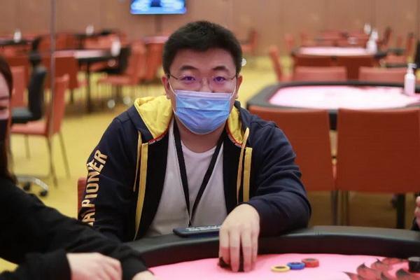 【蜗牛棋牌】CPG横琴站 | 人数爆增,张世琦成为主赛B组领先者!