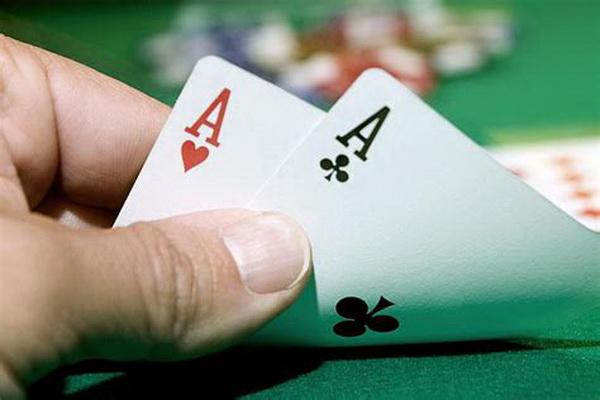 【蜗牛棋牌】德州扑克在小筹码状况下慢玩AA