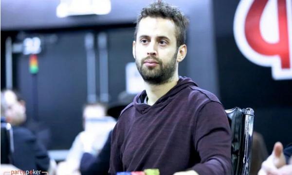 【蜗牛棋牌】Timothy Adams首次进入超级百万赛决赛桌