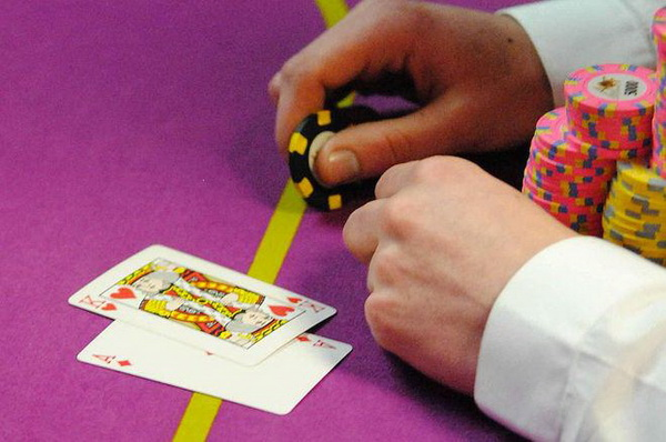 【蜗牛棋牌】德州扑克学会读懂自己的范围