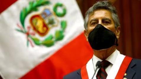 【蜗牛棋牌】萨加斯蒂宣誓就任秘鲁总统