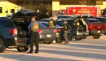 【蜗牛棋牌】美国密尔沃基市一购物中心附近发生枪击案 多人受伤