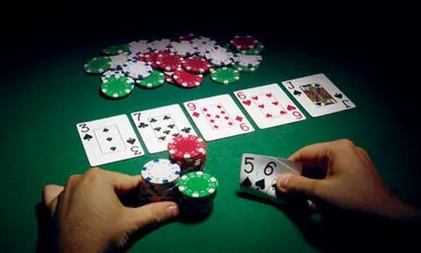 【蜗牛棋牌】五条德州扑克锦囊