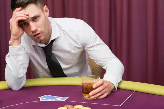 【蜗牛棋牌】德州扑克如何在休息后恢复打牌状态