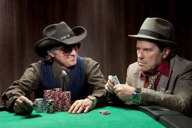 【蜗牛棋牌】德州扑克职业牌手靠什么捕鱼