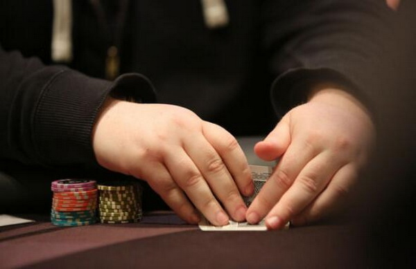 【蜗牛棋牌】德州扑克如何做到良好的平衡