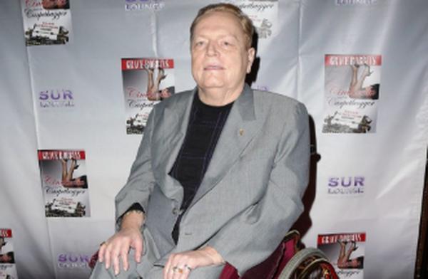 【蜗牛棋牌】娱乐城老板拉里·弗林特去世,享年78岁