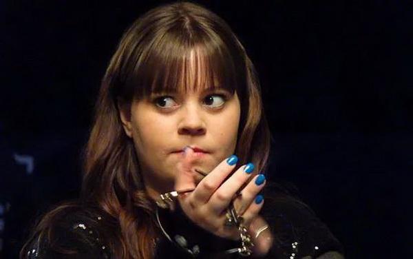【蜗牛棋牌】那个18岁时全程不看底牌夺冠的天才少女,后来去哪儿了